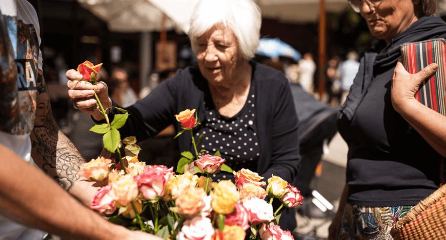 sopek.si Cvetlicarna Maribor predstavitev na tržnici v Mariboru