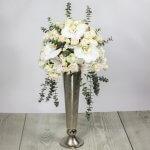 sopek iz orhideje ranunkul, vrtnic in alstomerije za poroke in dogodke